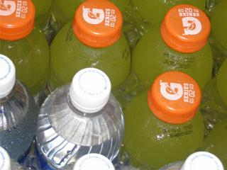 SocialPace Showdown: Water vs. Sports Drinks   SocialPace Blog